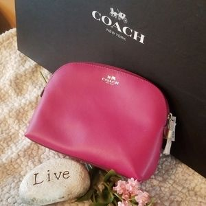 💝New Coach Darcy cosmetic case 💝